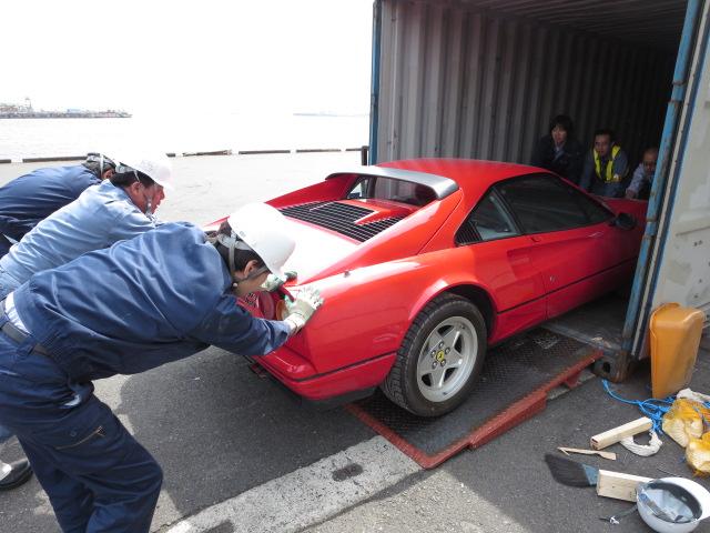 イタリアからの2台のフェラーリ_a0129711_15434337.jpg