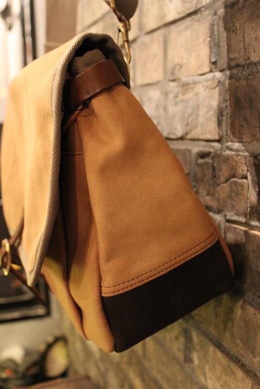 """SLOW \""""mail shloulder bag\"""" ご紹介_f0191324_10222839.jpg"""