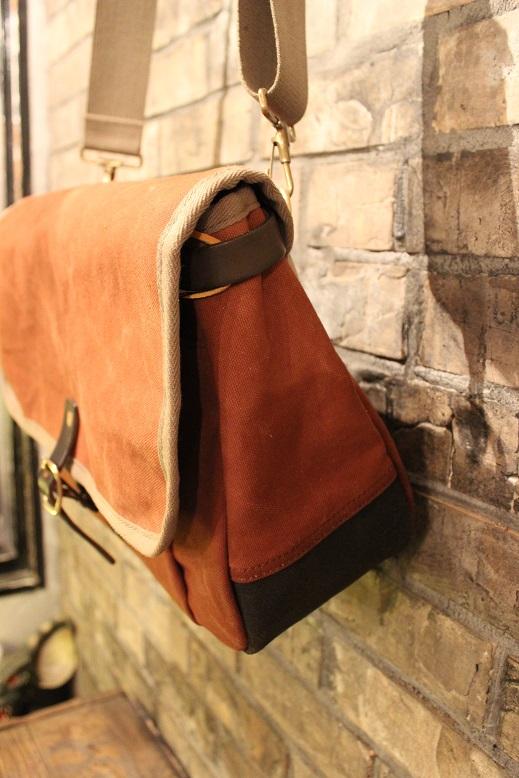 """SLOW \""""mail shloulder bag\"""" ご紹介_f0191324_10233823.jpg"""