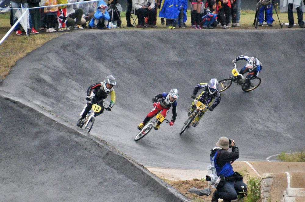 2014Jシリーズ /西日本シリーズ 第2戦 inサイクルピア岸和田 VOL7:ボーイズ9〜10,11〜12決勝_b0065730_2125218.jpg