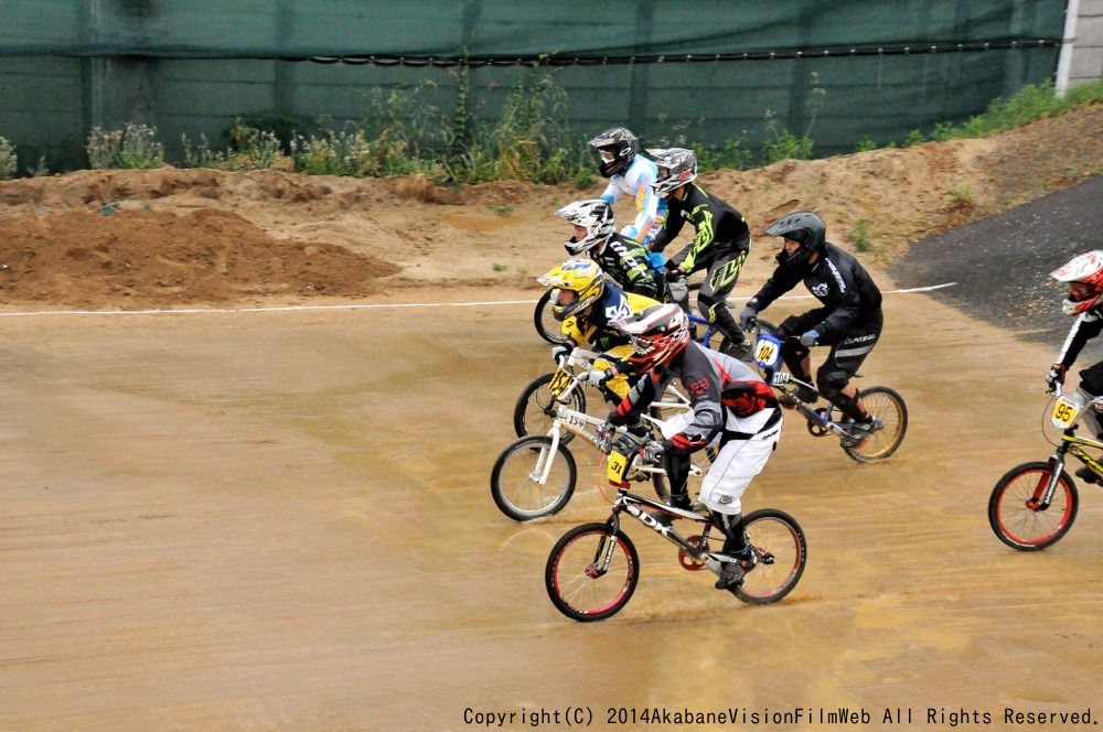 2014Jシリーズ /西日本シリーズ 第2戦 inサイクルピア岸和田 VOL9:メンズ17〜29,30+決勝_b0065730_2327284.jpg