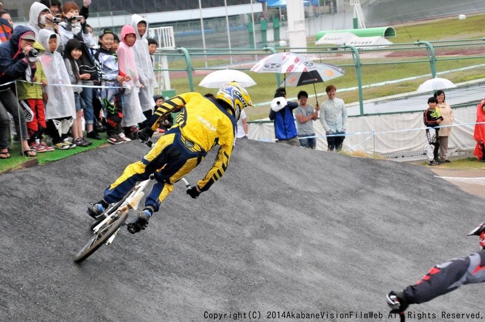 2014Jシリーズ /西日本シリーズ 第2戦 inサイクルピア岸和田 VOL9:メンズ17〜29,30+決勝_b0065730_2329121.jpg