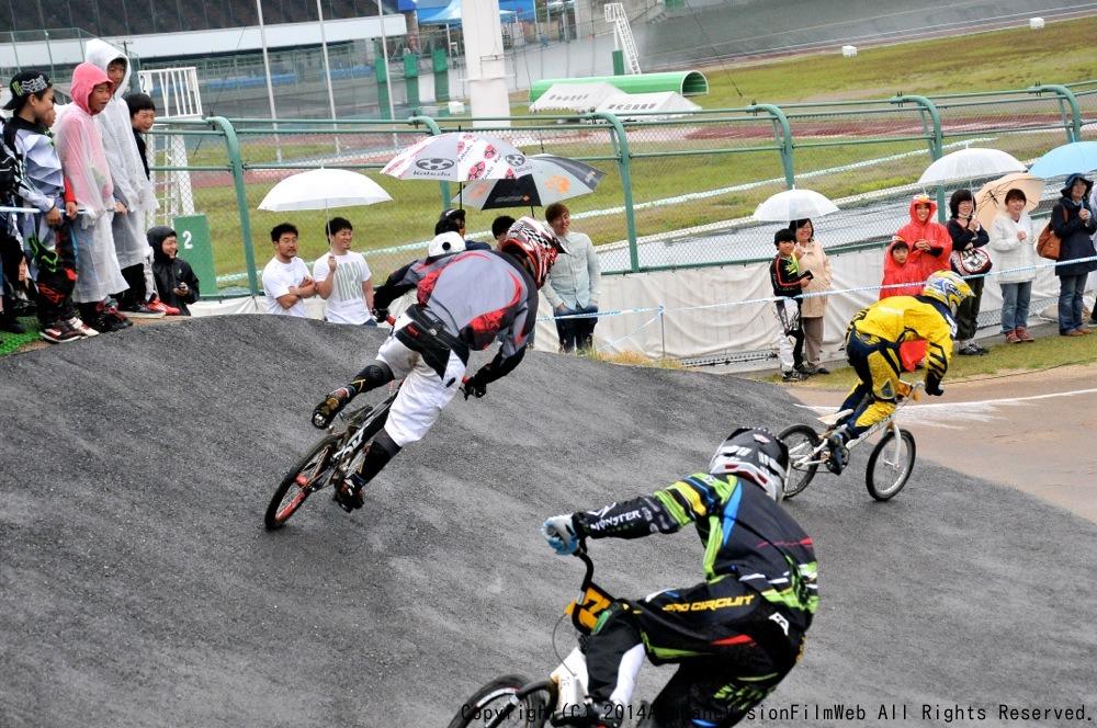 2014Jシリーズ /西日本シリーズ 第2戦 inサイクルピア岸和田 VOL9:メンズ17〜29,30+決勝_b0065730_23292521.jpg