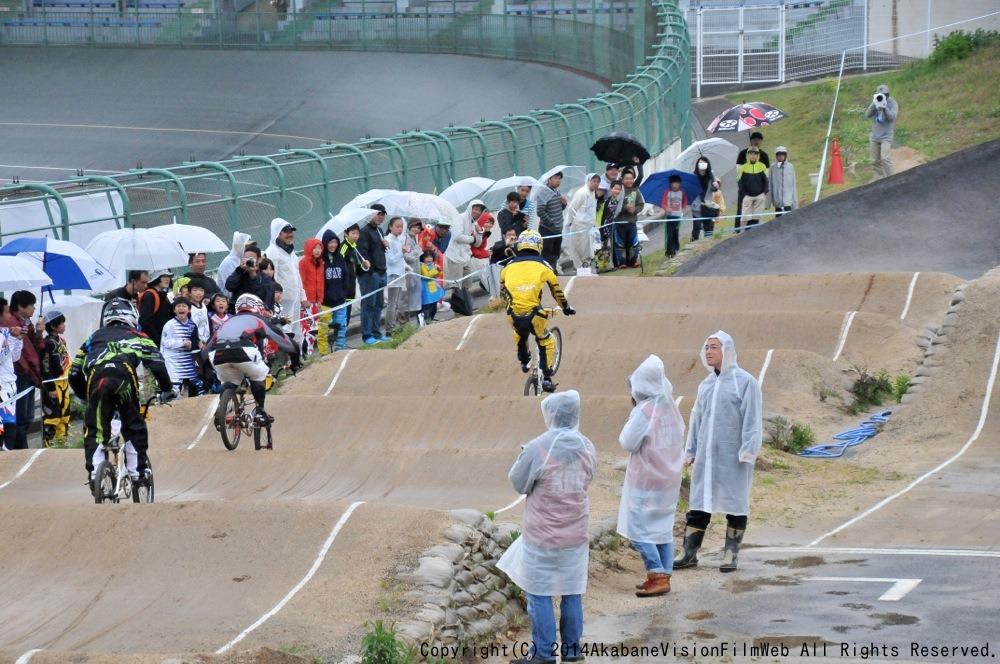2014Jシリーズ /西日本シリーズ 第2戦 inサイクルピア岸和田 VOL9:メンズ17〜29,30+決勝_b0065730_2330315.jpg
