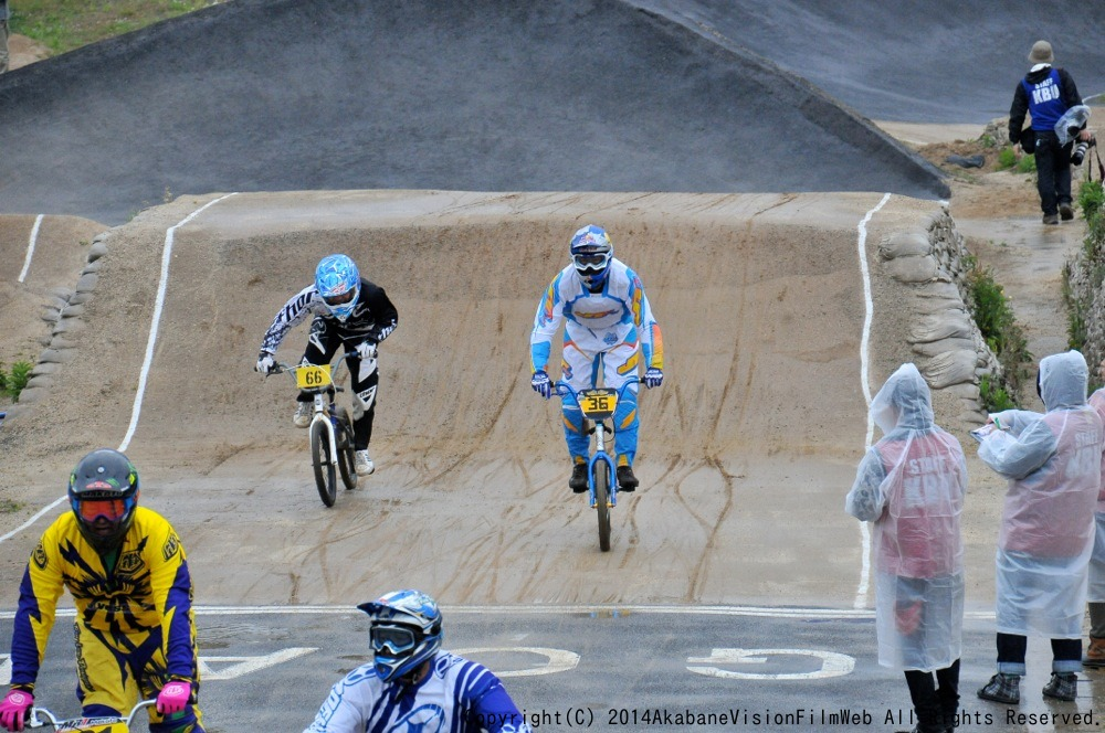 2014Jシリーズ /西日本シリーズ 第2戦 inサイクルピア岸和田 VOL9:メンズ17〜29,30+決勝_b0065730_23374983.jpg