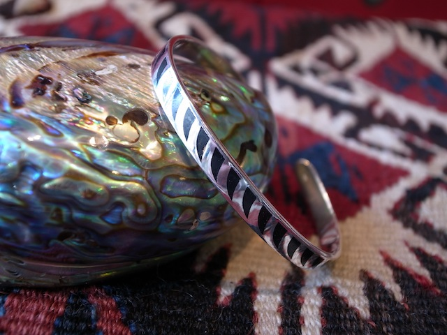 DEZSO STARLING SILVER BANGLE WIDE:SORRY,SOLD OUT!_f0111683_13562640.jpg
