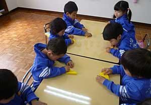 折り紙に挑戦!!_e0325335_11435656.jpg