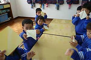 折り紙に挑戦!!_e0325335_11441137.jpg