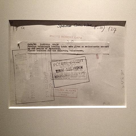 「101年目のロバート・キャパ」展へ_a0086851_0591890.jpg