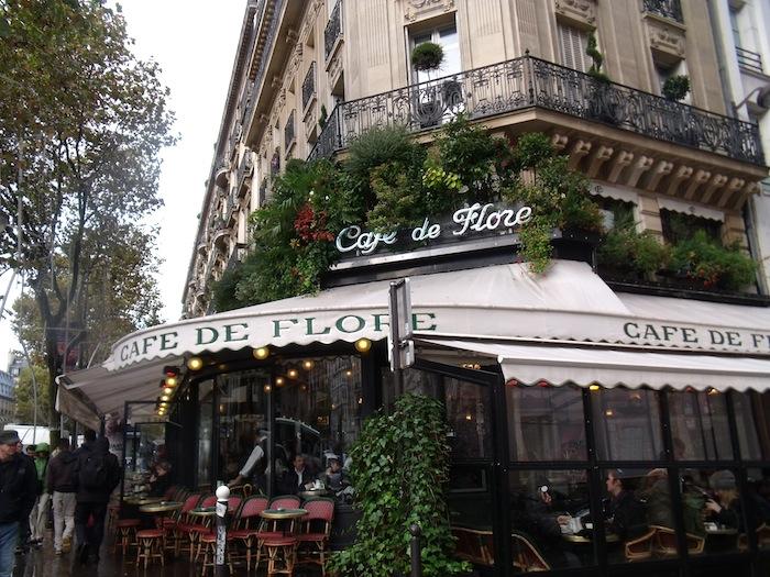 パリは燃えているか_b0282654_115245.jpg