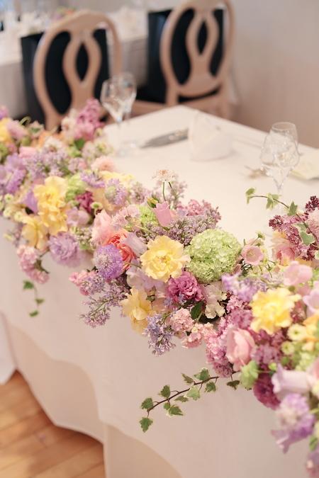 5月の装花 日比谷パレス様へ ライラック色のドレスに_a0042928_20234281.jpg