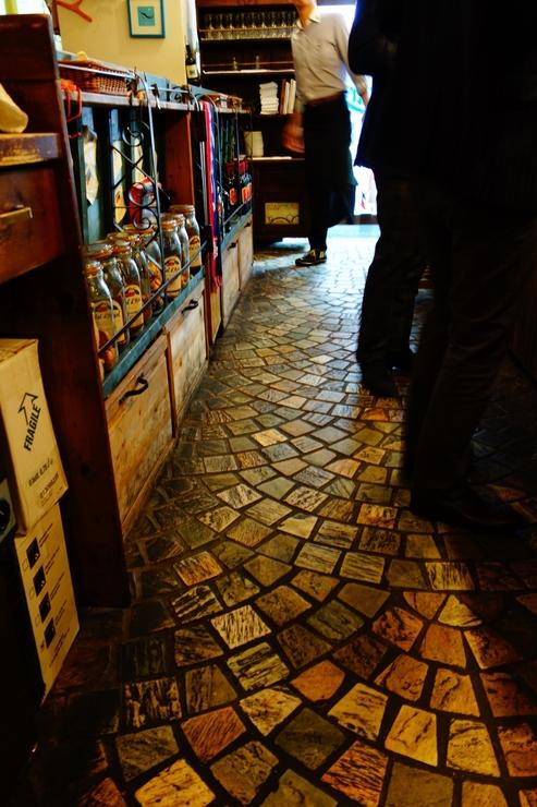 Taverna & Bar ITALIANO Tharros (タロス) 渋谷/南イタリア サルデーニャ島料理_a0287336_17293587.jpg