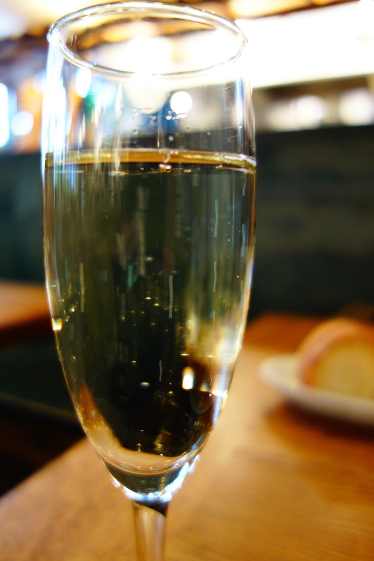 Taverna & Bar ITALIANO Tharros (タロス) 渋谷/南イタリア サルデーニャ島料理_a0287336_1736566.jpg