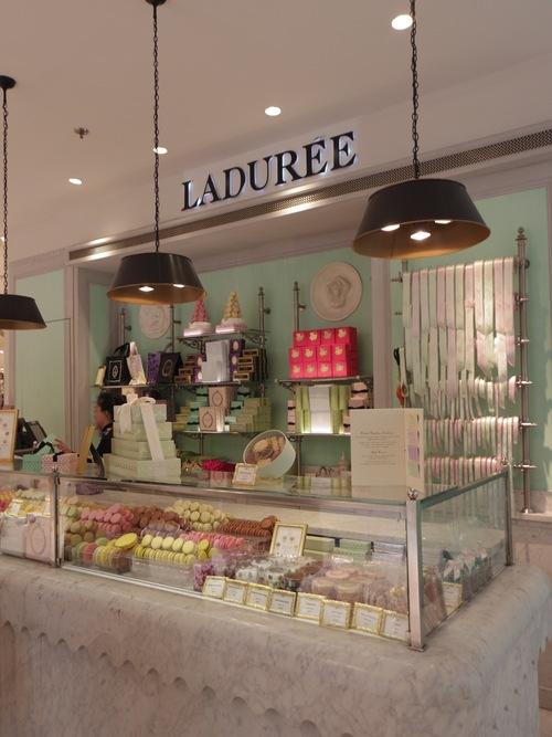 Laduree!!_e0123104_13124310.jpg