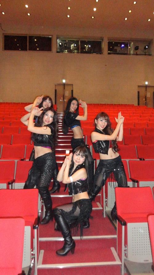 火曜日はマンディールでベリーダンスショーです♪_d0189569_11552172.jpg