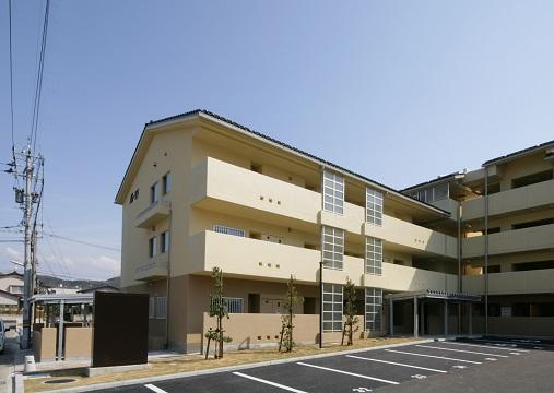 額県営住宅24年度建設工事45号棟(建築その2)_d0095305_1636351.jpg
