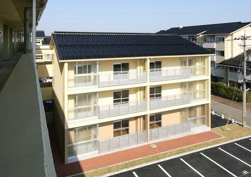 額県営住宅24年度建設工事45号棟(建築その2)_d0095305_1636504.jpg