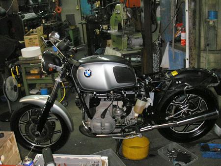 BMW R100RS カウルを外してみた_e0218639_1124820.jpg
