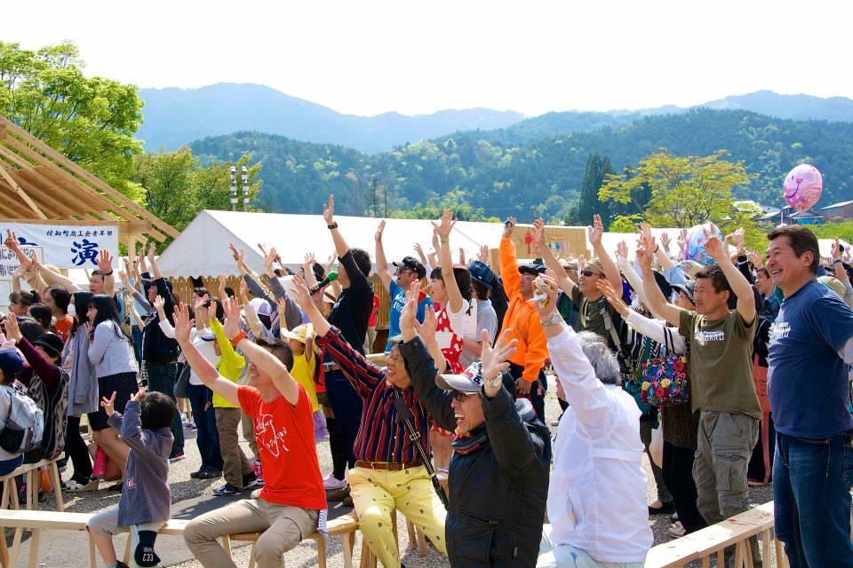 2014「つけち森林の市」ツナガルベンチ・イベント終了!祝日本一!!_a0299898_1932191.jpg