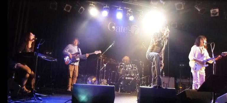2014年5月4日、カラフルどんたくライブ@Gate\'7、第2部のライブレポ♪_e0188087_22333115.jpg
