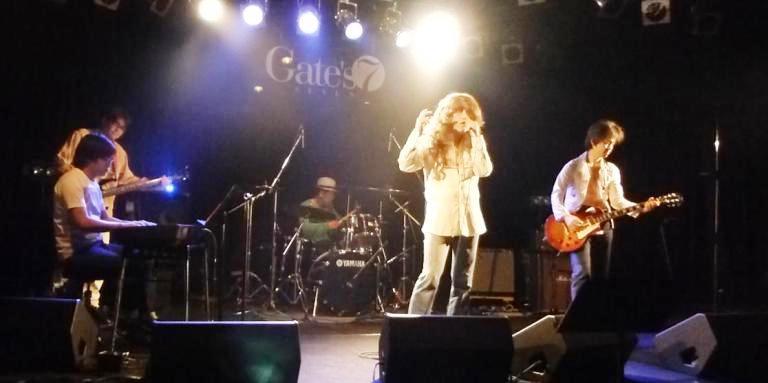 2014年5月4日、カラフルどんたくライブ@Gate\'7、第2部のライブレポ♪_e0188087_2250998.jpg