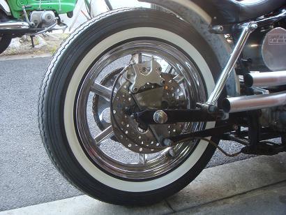 Tire_c0153300_1773554.jpg