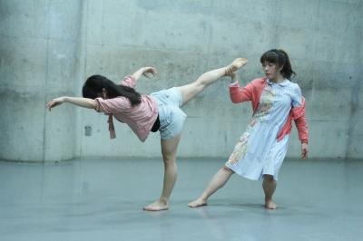 今週末は見どころたっぷりな「lulu」公演だ!_d0178431_14001065.jpg