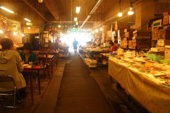 八戸市営魚菜小売市場に vol.おしまい。_b0207642_20242270.jpg