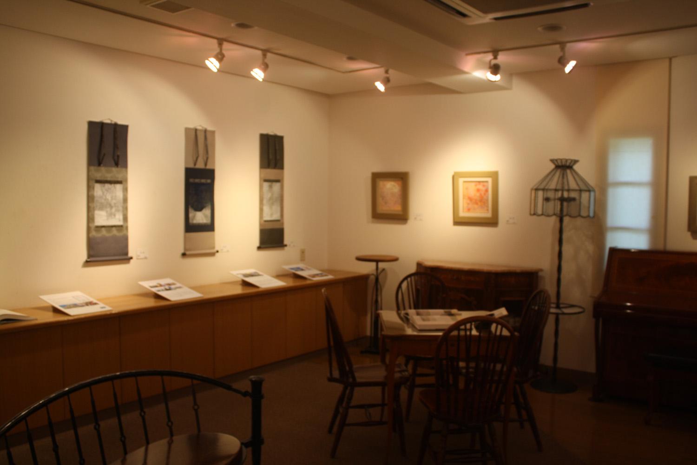蔵織日本画塾の近藤幸夫先生の個展が画廊・岳で開催されています。_d0178448_10183520.jpg