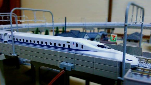 高架線 KATO N700系アドバンス!_d0202264_22331259.jpg