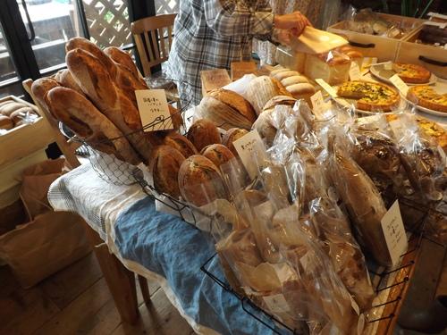 土曜日初!colon:さんのパンの出張販売です~♪_d0237564_13264156.jpg