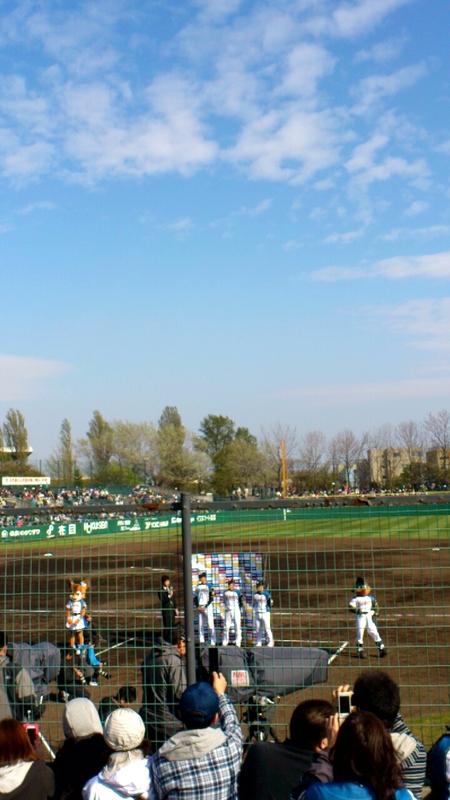 函館オーシャンスタジアムで開催されたプロ野球公式戦はファイターズが勝利_b0106766_023650.jpg