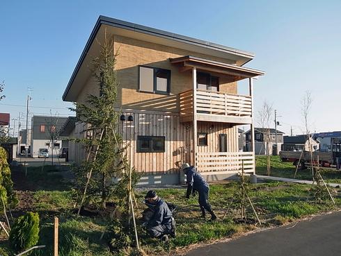 いえのえほん74-3/植栽としての樹木・栗山T邸_c0189970_19155811.jpg