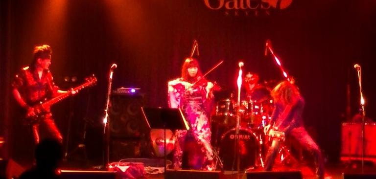 2014年5月4日、カラフルどんたくライブ@Gate\'7、第2部のライブレポ♪_e0188087_0112317.jpg