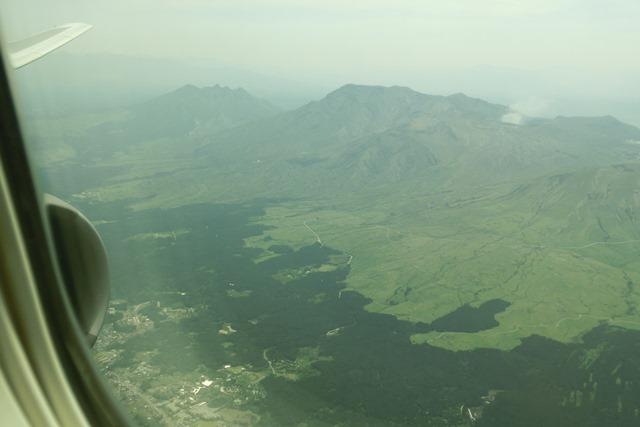 小保方晴子STAP細胞論議全日空で富士山を観ながら、日本の美しさに感謝若者たちの明日に幸せを祈る_d0181492_11173537.jpg