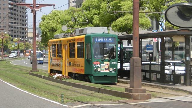 路面電車が観光事業を救う地域活性化計画に採用すべき安倍総理橋下徹市長に望む_d0181492_21322468.jpg