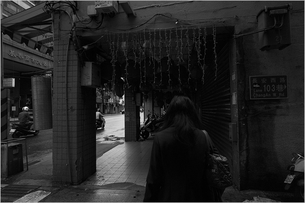 路上にて on the street, Taipei #LEICA M Monochrom_c0065410_20533668.jpg