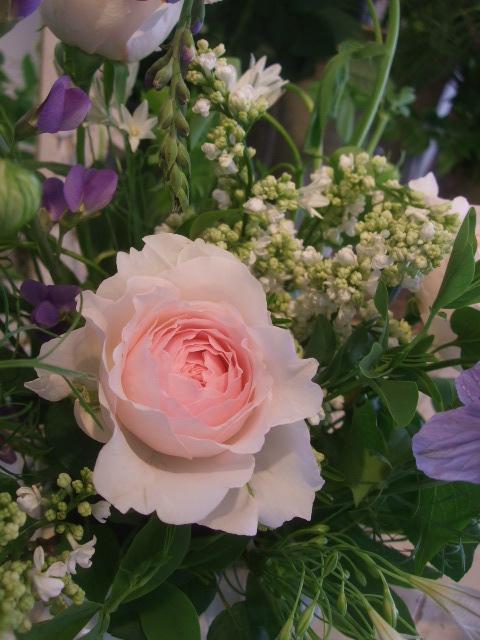 オークリーフ花の教室(山田さんの作品)_f0049672_1832576.jpg