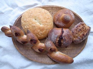 kamiya bakeryさんのパン_c0200002_12525351.jpg