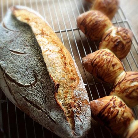 気づけばパンを焼いている_f0149855_2163311.jpg