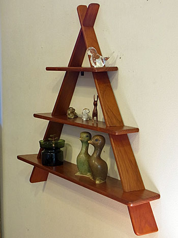 teak wall shelf_c0139773_174708.jpg