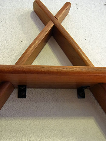 teak wall shelf_c0139773_17475014.jpg