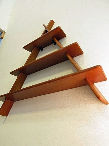 teak wall shelf_c0139773_17475774.jpg