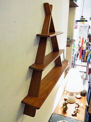 teak wall shelf_c0139773_1747817.jpg