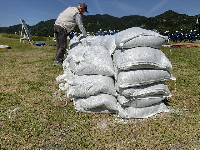 水害防止はハード、ソフトの両面から! 富士市水防訓練_f0141310_7334767.jpg