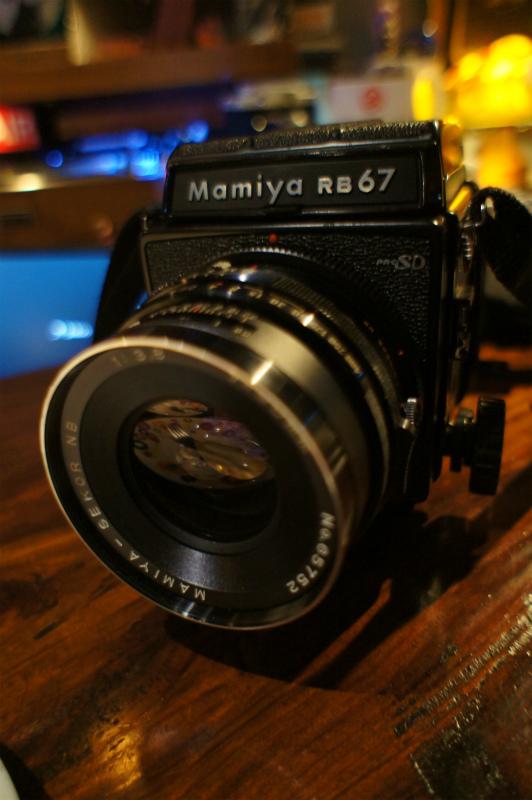 マミヤカメラと・・トマトソース_c0057415_1114246.jpg