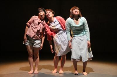 ダンスとコント劇がぎっしり詰まった「lulu」公演終わる_d0178431_20443601.jpg
