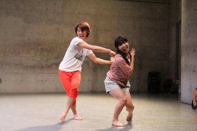 ダンスとコント劇がぎっしり詰まった「lulu」公演終わる_d0178431_20452766.jpg