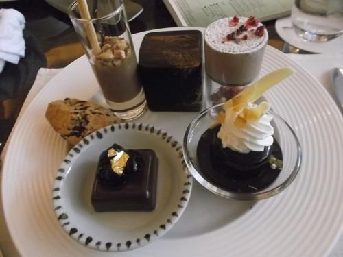 ウェスティンホテル東京 ザ・テラス ワールドチョコレートデザートブッフェ_f0076001_063285.jpg