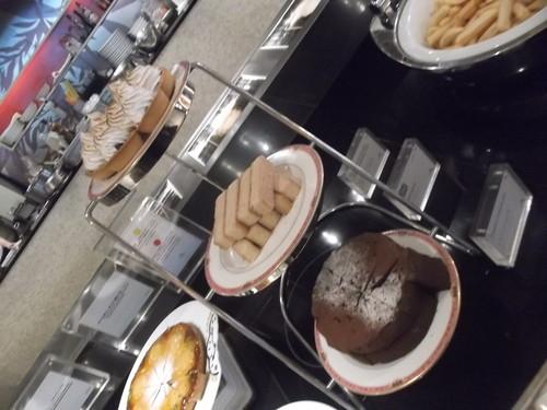 ウェスティンホテル東京 ザ・テラス ワールドチョコレートデザートブッフェ_f0076001_083293.jpg